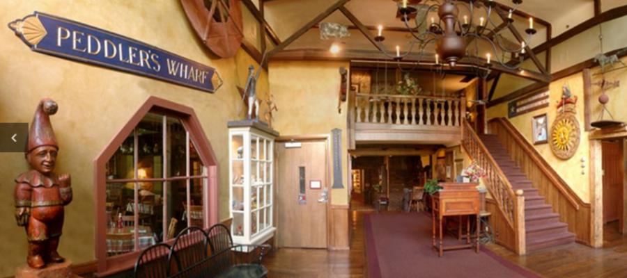 Peddler's Village Cock and Bull Restaurant
