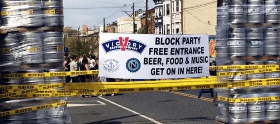 Hawthornes Beer CafeI PA Block Party