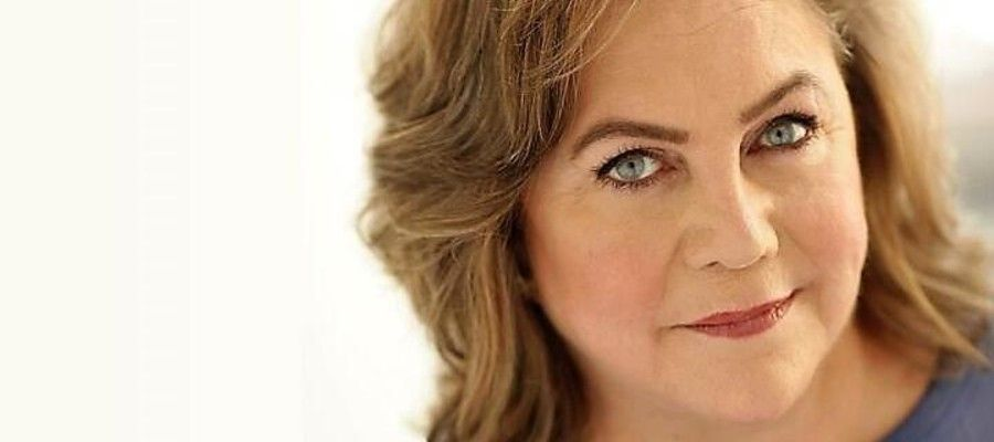 Finding My Voice Featuring Kathleen Turner