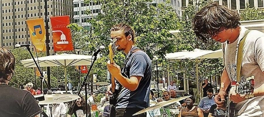 Live @ Lunch returns to Dilworth Park