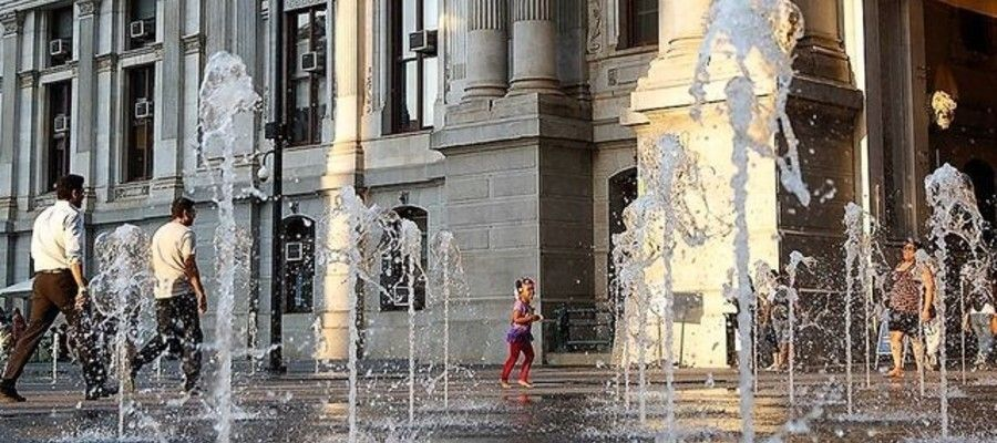 Dilworth Plaza Prepares for Spring