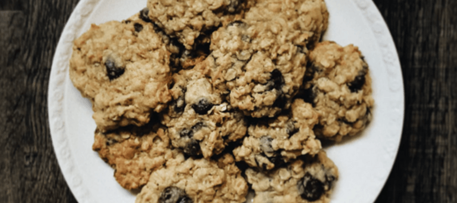 Time Honored Chocolate Oatmeal Cookies Recipe | PhillyBite Magazine