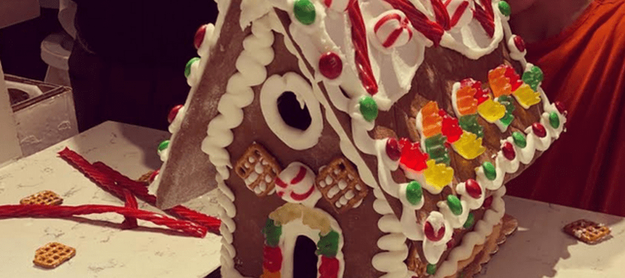 Barry's Buns Gingerbread House Workshops