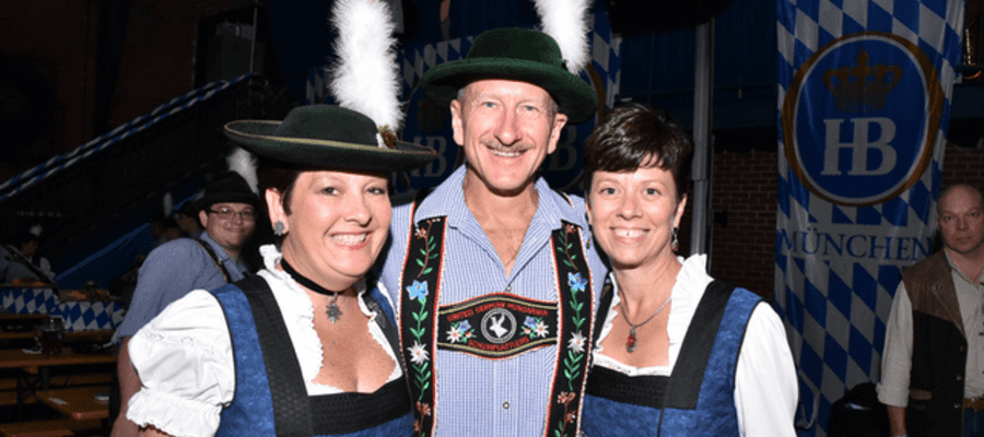 Brauhaus Schmitz Hosts the Region's Largest New Oktoberfest