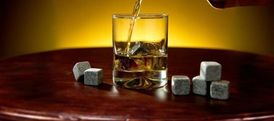 Whiskey Stones Gift Idea's For the Whisky Drinker