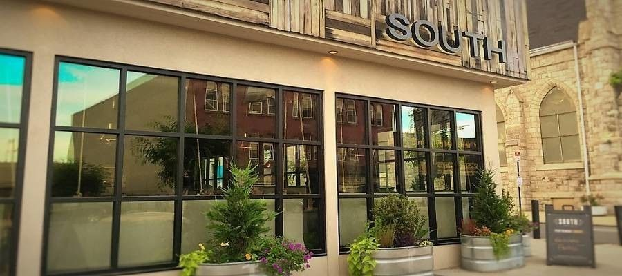 SOUTH Restaurant: Kitchen & Jazz Parlor