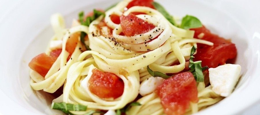 Simple and Easy Linguine Caprese Recipe