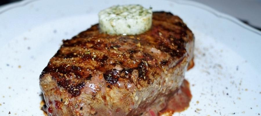 BBQ 101: The Perfect Grilled Steak