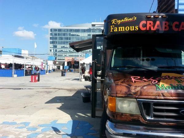 Rigatoni S Crab Cakes Food Truck
